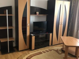 Titan, Apartament De 2 Camere, 44mp, 6/10, 320 Euro