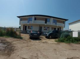 Casa triplex 4 camere/ teren 150mp