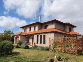 Casa cu 5 camere - localitatea Cumpana