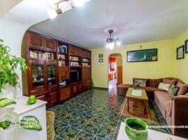 Apartament 5 camere, zona Micalaca-Miorita, decomandat, c...