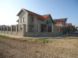 Vila 5 camere - 1/2 duplex in Cora, Dumbravita aradului