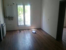 Apartament 3 camere Nemobilat / Mehala / Centrala proprie