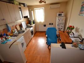 Girocului apartament cu 2 camere cu 2 bai mobilat