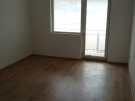 Apartament 3 camere decomandat 90 mp Independentei