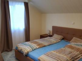 Inchiriez casa 4 camere in Via Carmina - 15655