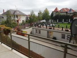 Apartament cu trei camere si doua bai in Andrei Muresanu