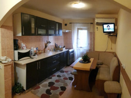 Apartament zona Lapus 4 camere decomandat