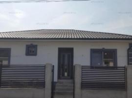Casa nouă parter, 4 camere + dependinte, în Săbăreni