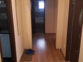 Inchiriez 3 camere intr-un apartament 4 camere MOB UTI