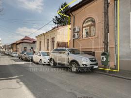 Vila parter si etaj Piata Victoriei renovata locuinta sau of