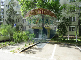 Apartament 4 camere în zona Rogerius