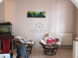 Apartament 3 camere, zona Sinaia