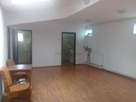Apartament cu 4 camere Vitan