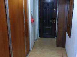 Apartament 2 camere, decomandat, zona Cina