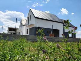 PROMOTIE! Casa 3 Camere 2 Bai la Cheie! Comuna Berceni
