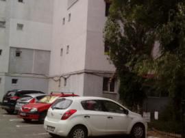 R01484 Apartament 3 camere Baza 3 Iasi (fara comision)