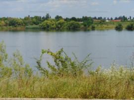 FARA COMISIOANE teren constructii pe malu Lacului Buftea la