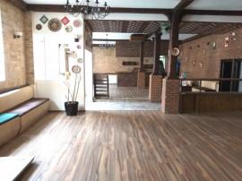 CENTRU LUPOAICA - Restaurant cu terasa interioara generoasa