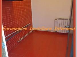 Apartament 2 camere zona Billa-Far 31000 euro