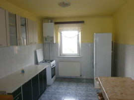 Apartament 3 camere decomandat,zona Strand