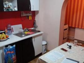 Apartament, 2 camere, zona Buzaului