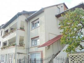 Cladire de birouri si de locuit in Deva, zona M. Dalas,
