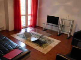 CENTRU - Apartament modern si ingrijit !