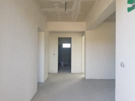 Case individuale, 3 camere, incalzire prin pardoseala