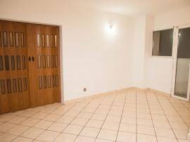 Apartament central 2 camere intim X1RF105EA