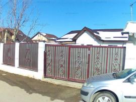 Casa pe Parter in Crevedia 4 Camere si 400 mp Teren