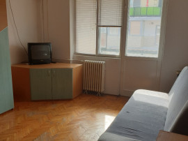 Apartament 2 camere zona Micalaca