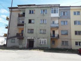 Apartament 2 camere Berbesti, loc. Dealu Alunis, jud. Val...