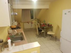 Apartament la mansarda în zona Girocului