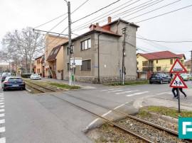 Casă cu potențial multiplu, Grădiște, strada Petru Ra...