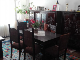 Apartament 4 camere, 82 mp, Eremia