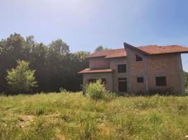 BASCOV   Casa individuala   210 mp   1131 mp teren