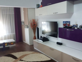 Apartament 2 camere, lux - T-uri, Central Parc