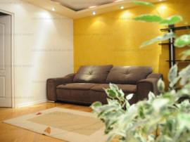 Ap. 2 camere,decomandat, mobilat/tilat Lux-Centrul Civic