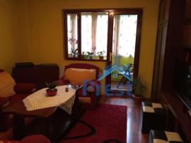 De inchiriat: apartament cu 2 camere, in Dambu!