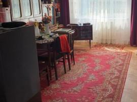 Apartament 3 camere Racadau, decomandat, etajul 1, 82.000€