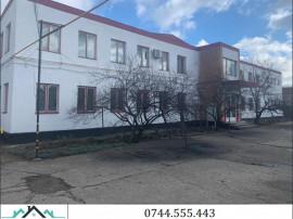 Teren cu cladiri si hale in Simeria - ID : RH-25655-property