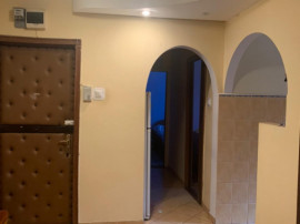 Apartamente cu 3 camere in Dambu