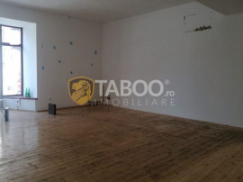 Spatiu comercial de inchiriat 400 mp Sibiu Centrul Istoric