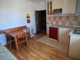 Apartament 2 camere, decomandat - zona Triaj
