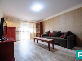 Apartament renovat cu 4 camere, Aurel Vlaicu.
