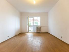 Apartament cu 2 camere de vânzare în zona Narcisa