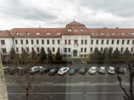 Apartament cu 2 camere in Centrul Civic/Zona Tribunal