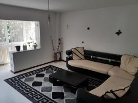 Apartament cu 3 camere in zona Noua