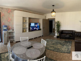 Apartament 3 camere, zona Fundeni