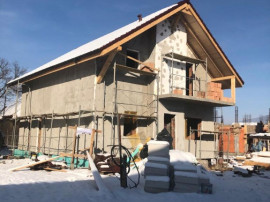 Casa individuala in centru- Localitate Sanpetru